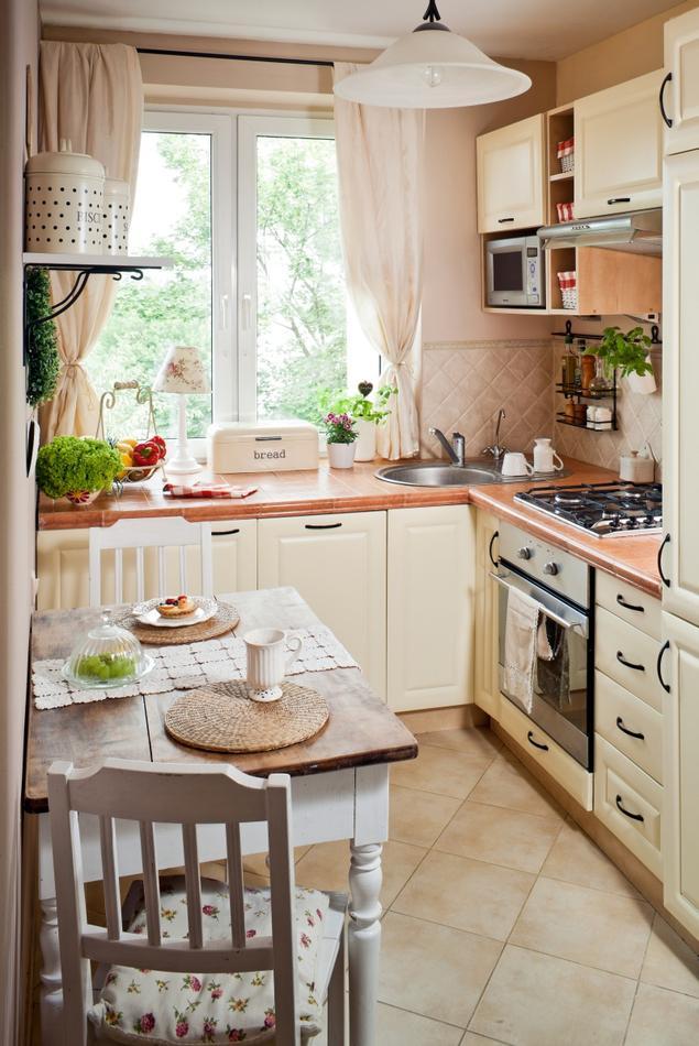 Zobacz galerię zdjęć Jasne meble kuchenne Mała kuchnia   -> Mala Kuchnia W Bloku Z Salonem